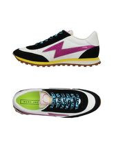 MARC JACOBS Sneakers & Tennis shoes basse donna
