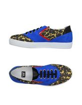BOUTIQUE MOSCHINO Sneakers & Tennis shoes basse donna
