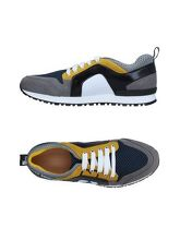 LOVE MOSCHINO Sneakers & Tennis shoes basse donna